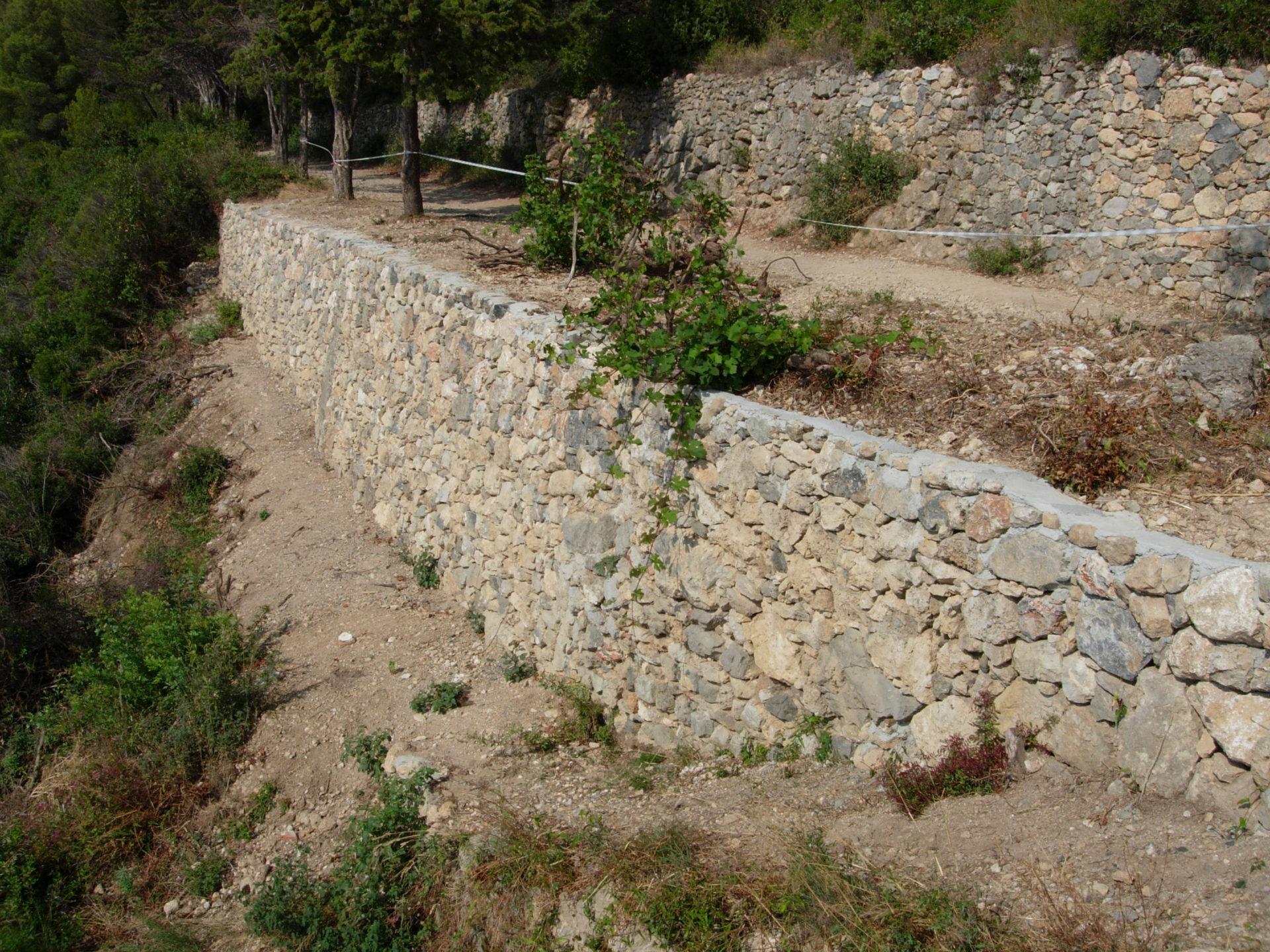 Muri in pietra 23 coop tracce - Tracce su muri portanti ...